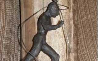 Резьба по дереву. Красивая скульптура своими руками