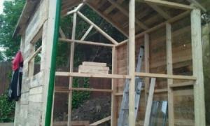 Строим сарай из поддонов своими руками: фото+видео
